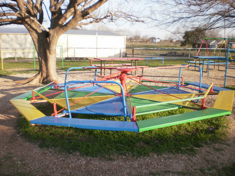 how to build a playground merry go round